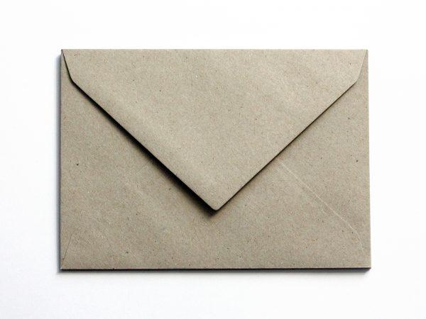 Briefumschläge aus Kraftpapier B6